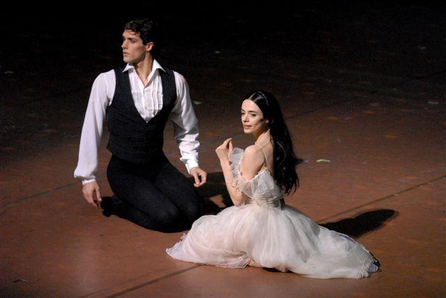 Dama Camelie - Ferri e Bolle - ph Marco Brescia - Teatro alla Scala  DSC_0276
