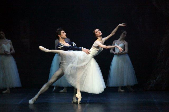 Svetlana Zakharova e Roberto Bolle ©foto Brescia Amisano Teatro alla Scala