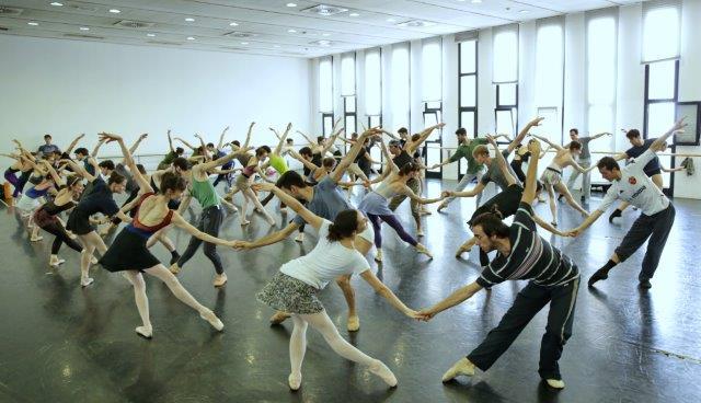 Cinderella - le prove in sala ph Marco Brescia e Rudy Amisano Teatro alla Scala K65A9228 x